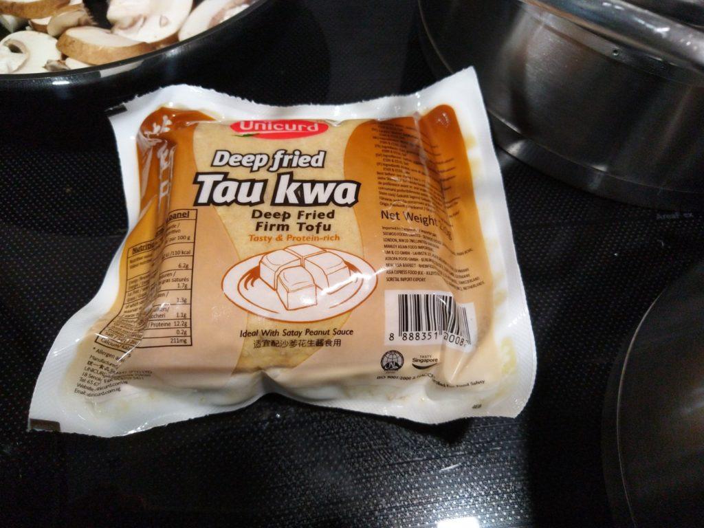 Frittierter Tofu aus dem Asia Markt